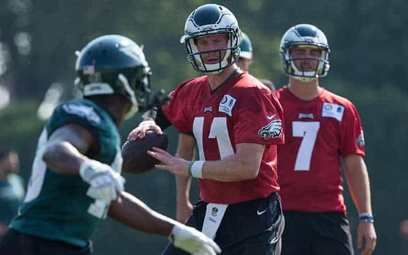 Wentz-passing-football