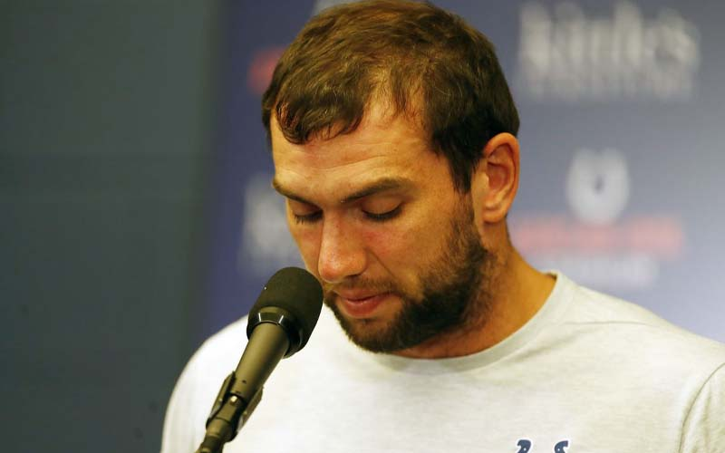 Andrew Luck retires