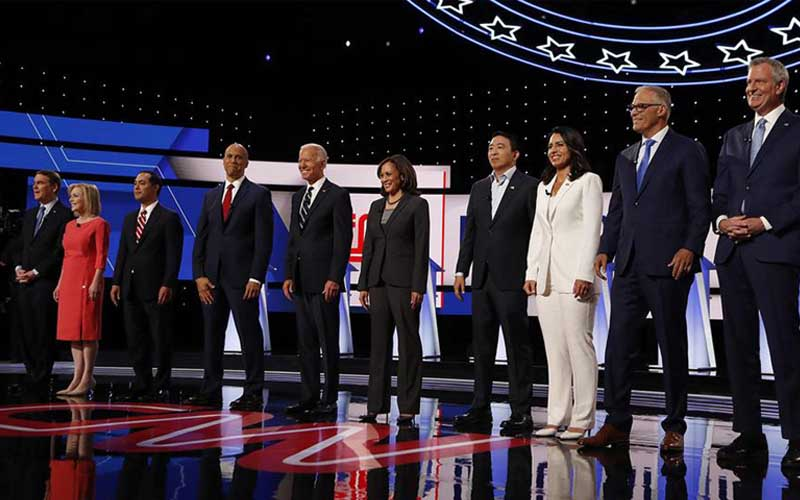 debate-night-two-candidates