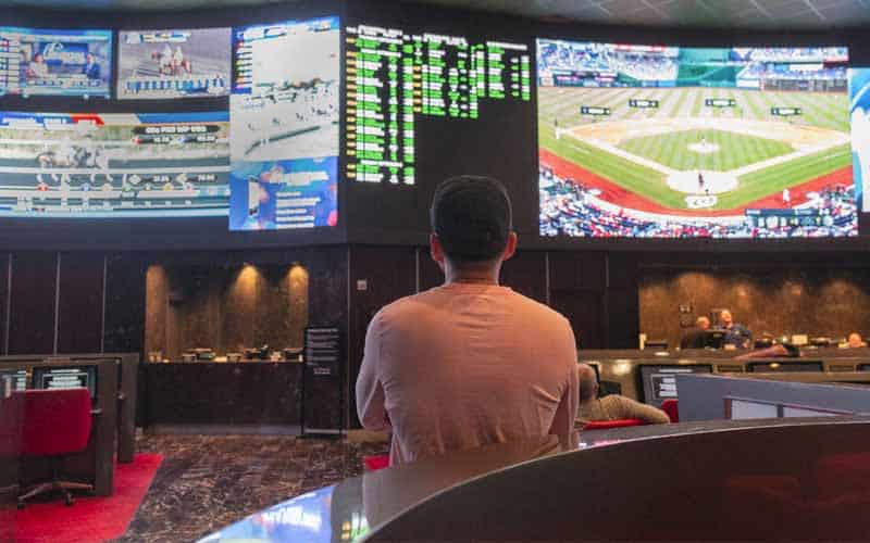 Las Vegas Nevada Sportsbooks March revenue down