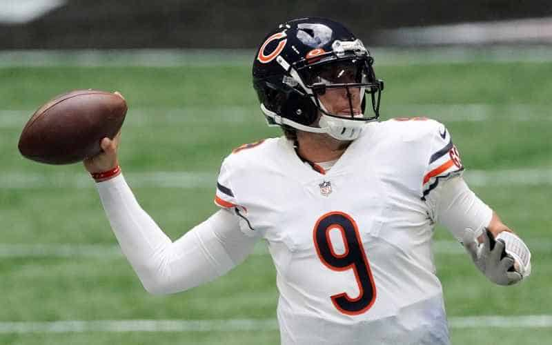 Nick Foles of the Chicago Bears throwing a football