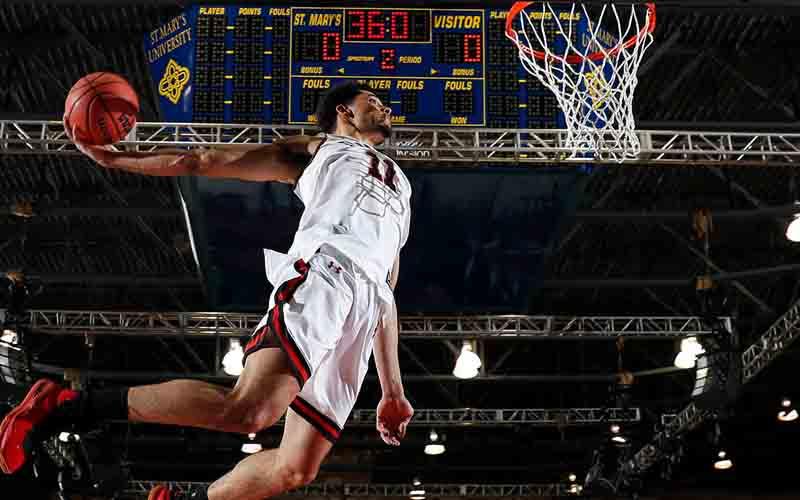 sweet-16-dunk